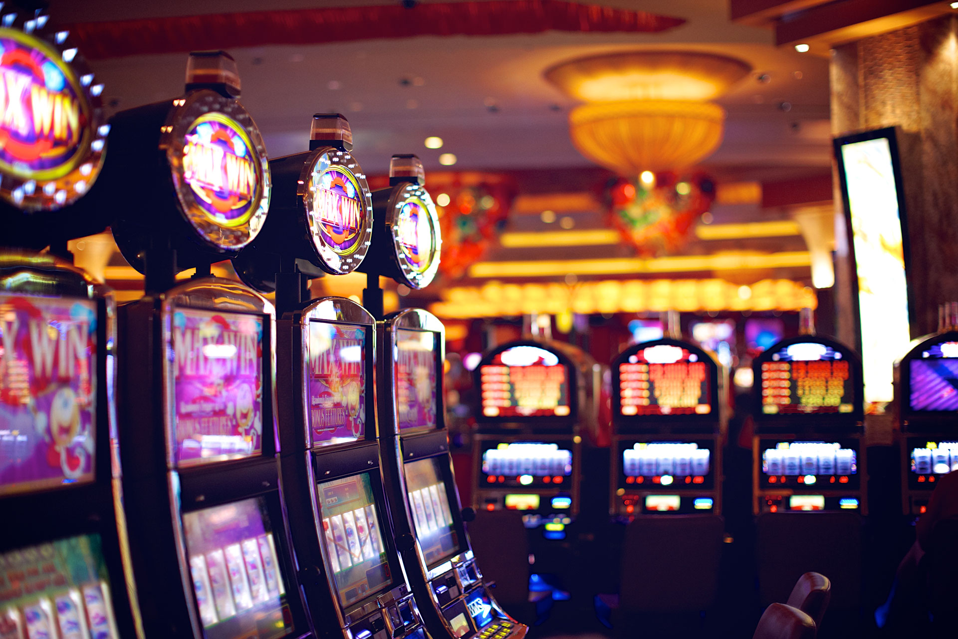 Play Casino Slots And Other Games For Fun And Real Money!